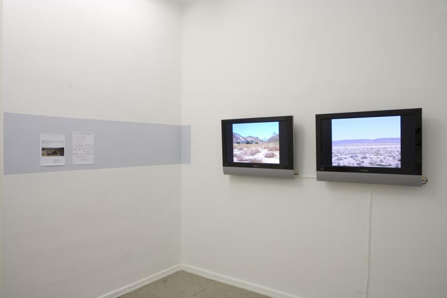 Katrin Hornek, To inhale Robert Barry's noble gases and hold them as long as you can, 2007-2008, Foto:Cem Yücetas