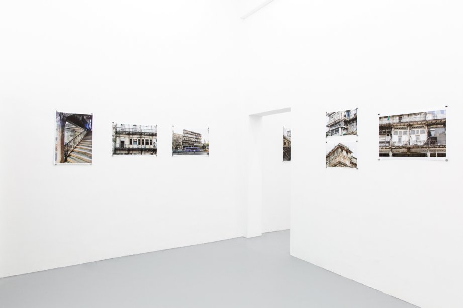 Installation view The Watson's Hotel - a photographic essay, basis 2020, Foto: Nathalie Zimmermann
