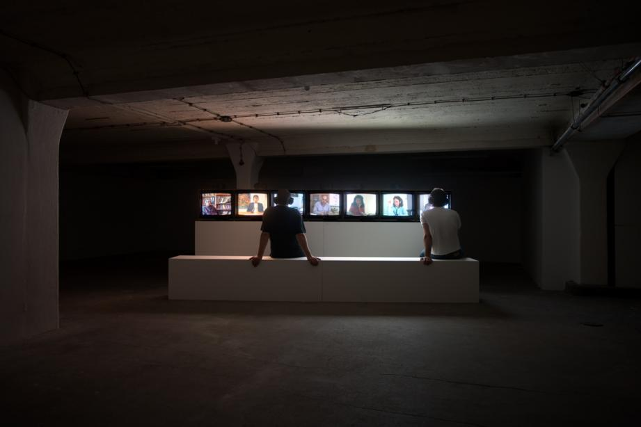 Ausstellungsansicht, Özlem Günyol & Mustafa Kunt, On the grapevine, basis 2005, Foto: Cem Yücetas